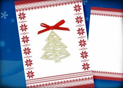 Přání s dřevěným vánočním stromečkem a látkovou mašličkou