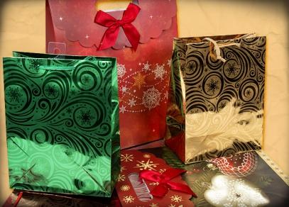Luxusně zpracované tašky s vánočními motivy