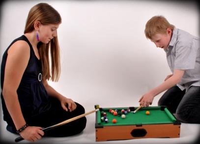 Kvalitně zpracovaný kulečník, který se postará o zábavu (nejen dětem)