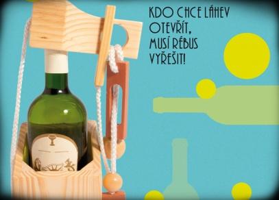 Originální a vtipný dárek nebo pojistka před náhlou a předčasnou konzumací vína - Lahvolam