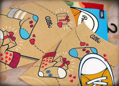 Ponožky můžete vložit do krásné dárkové krabičky