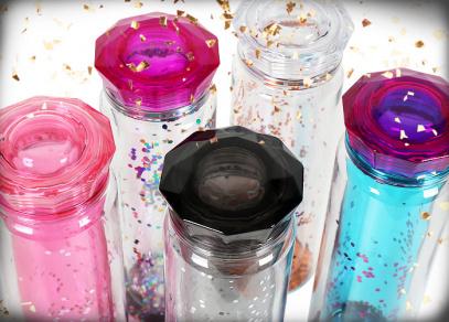 Tritanové láhve s glitry od ALBI