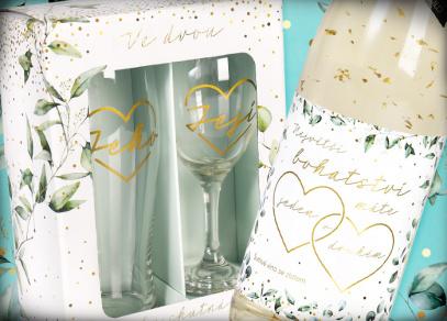 Svatební set sklenic a šumivé víno se zlatem