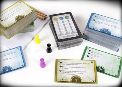 Hra TEPfaktor obsahuje přes 400 karet herních karet