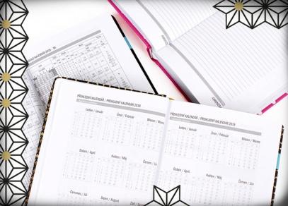 Diáře obsahují i měsíční plánování, adresář, abecední seznam jmen i místo pro poznámky