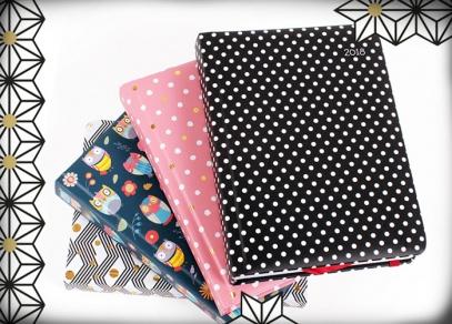 Čtyři originální designy na měkčených deskách, které ochrání diář před poškozením